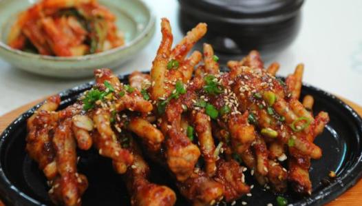Manfaat Mengkonsumsi Ceker Ayam Bagi Kesehatan
